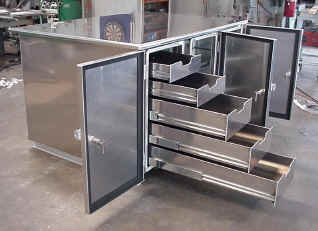 4-door aluminum toolbox with drawers and shelves