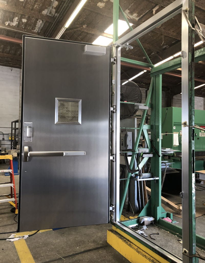 4-0 x 8-6 OS Aluminum Container Door 3