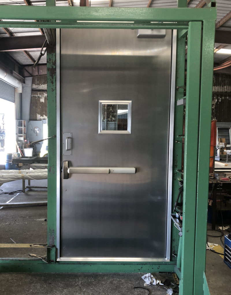 4-0 x 8-6 OS Aluminum Container Door 4