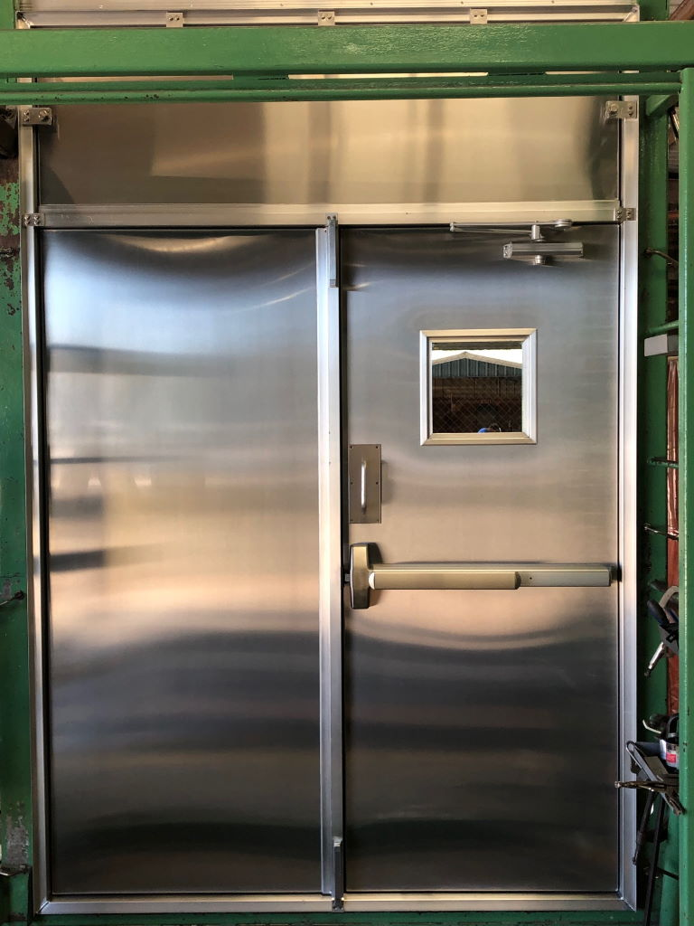 Aluminum Container Double door with a removable transom 03