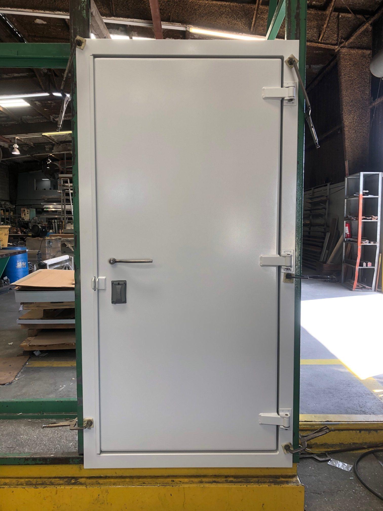 3-0 x 6-8 Container Door w/ 3pt stainless lock and door closer